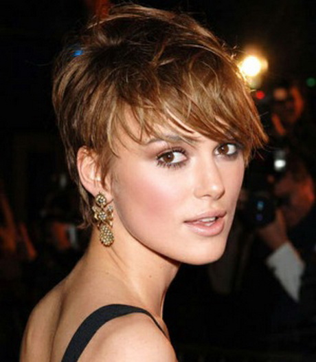 Best Short Haircuts For Women Over 40