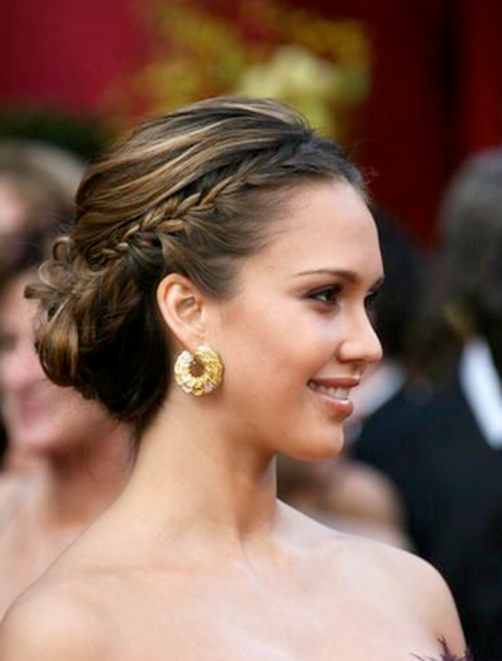 Elegant Hairstyles For Prom