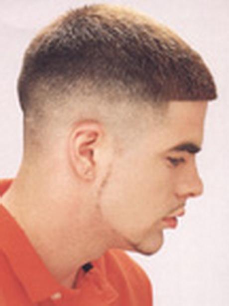 A Medium Regulation Taper Haircut For Military Men
