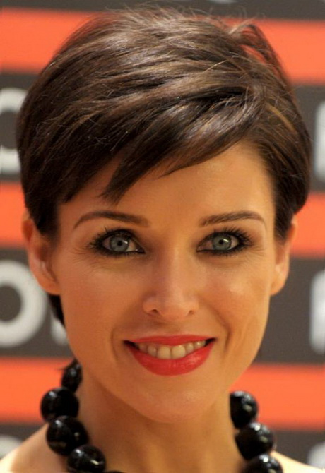 Short haircuts for thick straight hair 89 3g 20 easy short straight hairstyles short hairstyles 2014 bob style haircuts for thick hair most winobraniefo Images