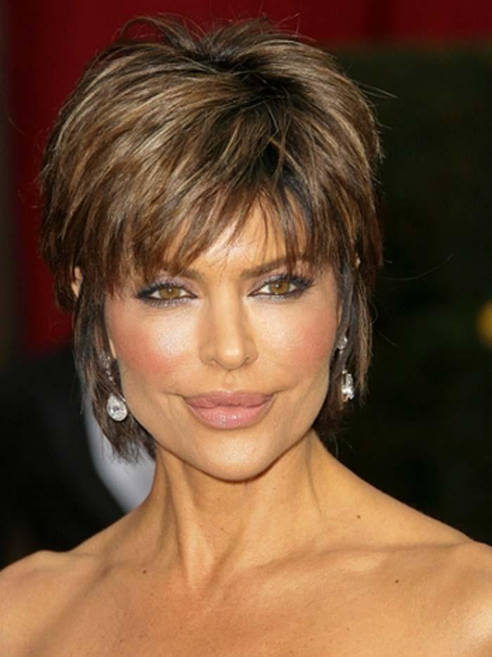 short-hairstyles-for-older-women-50-15.jpg