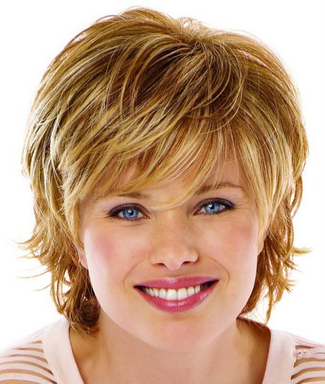 Short hairstyles for thick hair and round face