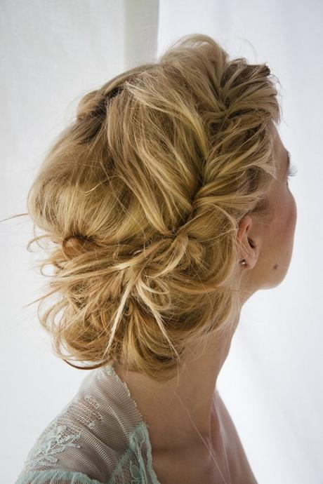 There Are Many Homecoming Hairstyles That You Can Do By Yourself Easily Utilizing A Hair Styling Iron And Also Few Pins If Have Straight
