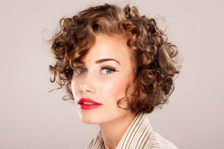 Short Hair Styles Curly