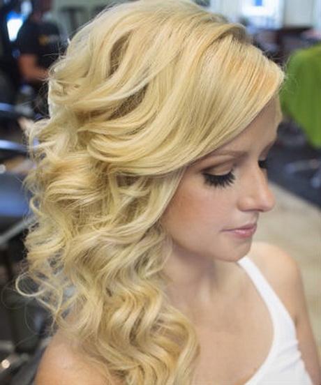 Side Swept Wedding Hair: Side Swept Wedding Hair