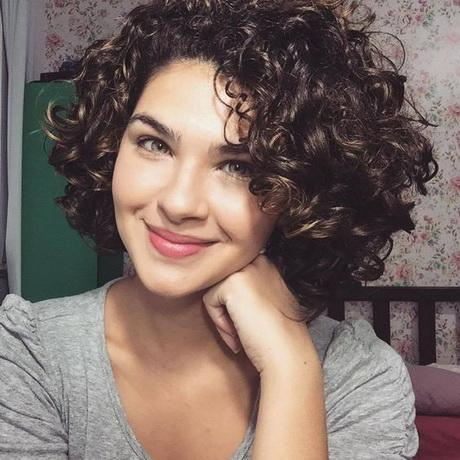 cute short curly hairstyles 2017