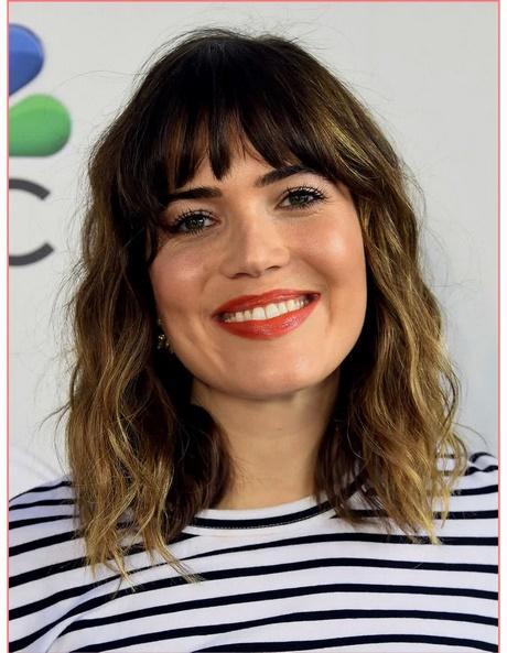 Medium Hairstyles With Bangs 2018