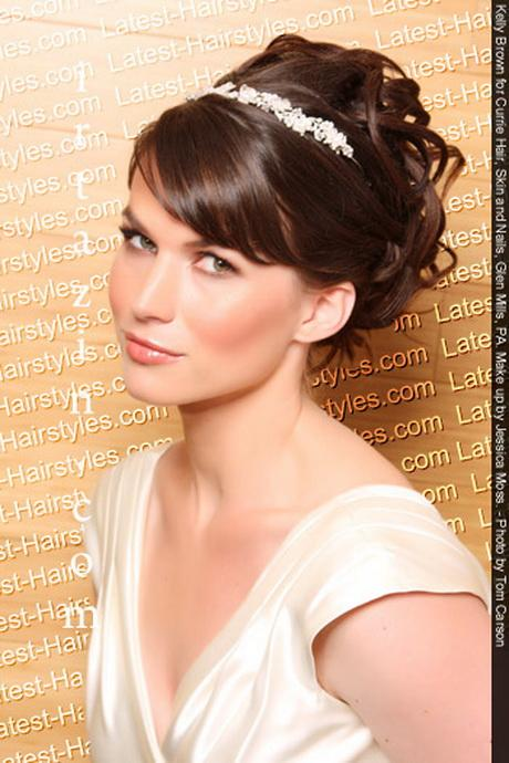 Fantastic Bridal Hairstyle With Tiara Hairstyles For Men Maxibearus