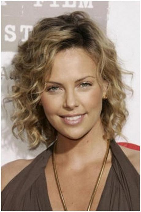 Cute Medium Length Haircuts For Curly Hair