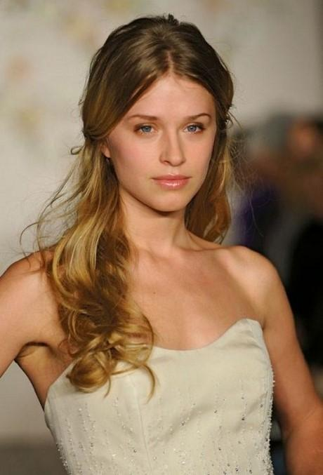 1000 Ideas About Hairstyles For Wedding Guests On Pinterest