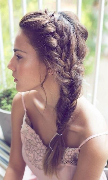 16 Side Braid Hairstyles: Pretty Long Hair Ideas