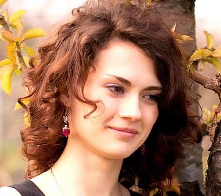 Curly medium length hairstyles 2016