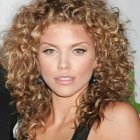 Curly hairstyle cuts