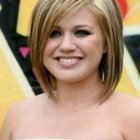 Cute medium haircuts for round faces