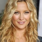 Hairstyle for wavy hair women