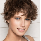 Low maintenance short haircuts for women
