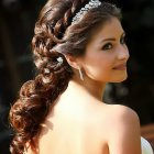 Medium hairstyles for weddings