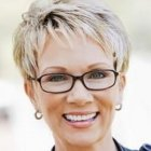 Short hairstyles for women over 50 with round faces