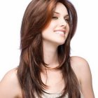 Haircuts for long hair in layers