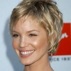 Short hairstyles for short curly hair