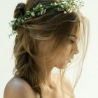 Simple wedding hair