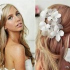 Beach bridal hairstyles