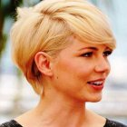 Best short hairstyles for women 2017