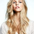 Style long layered hair