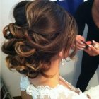 Bridal upstyles for long hair