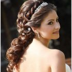 Top hairstyles for weddings