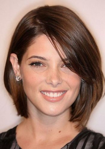 Trendy hairstyles for round faces 2019