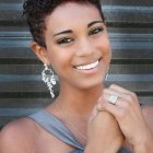 Short hairstyles for black women with curly hair