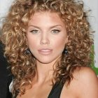 Best womens haircuts for curly hair