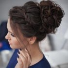 Grad hairstyles 2018