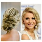 Medium hairdos for wedding