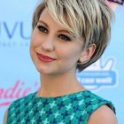 Short haircuts for round female faces