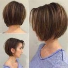 Short hairstyles for straight hair round face