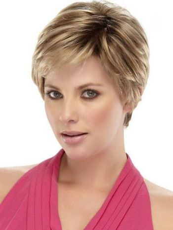 Classic short hairstyles for fine hair