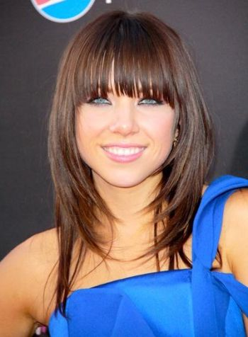 Hairstyles with bangs and layers